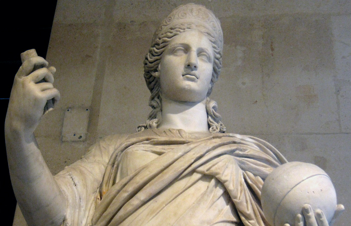 Почему стыдно продавать сына больше двух раз: Нюансы семейного права в Древнем Риме