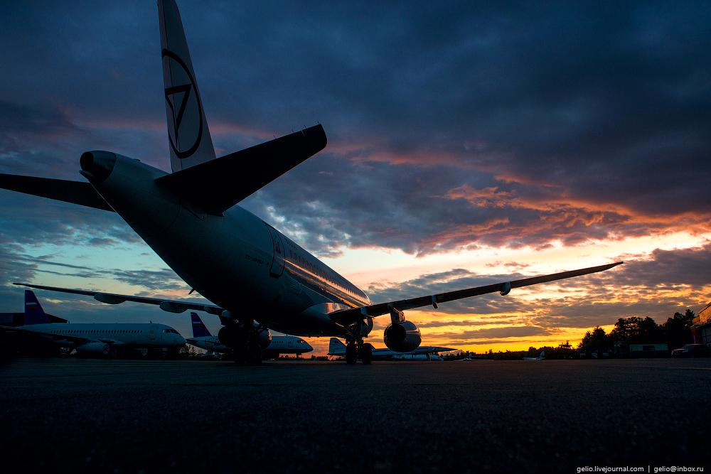 Фоторепортаж о производстве самолетов Sukhoi Superjet 100 (SSJ100)