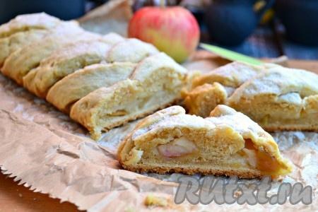 Рецепт творожного пирога с яблоками в духовке.