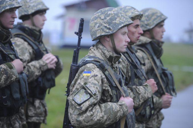 Раненый АТОшник рассказал правду о войне: Рота заехала на позиции, через несколько дней ее уже нет