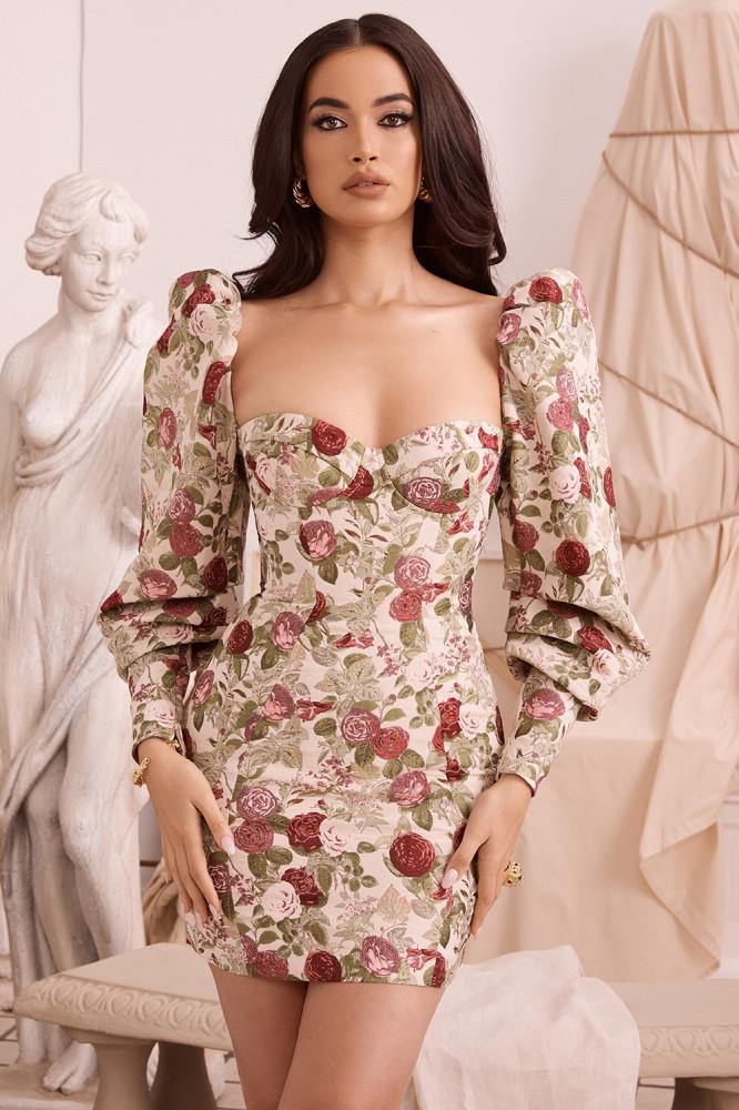 15 женственных весенних платьев из коллекции House Of CB