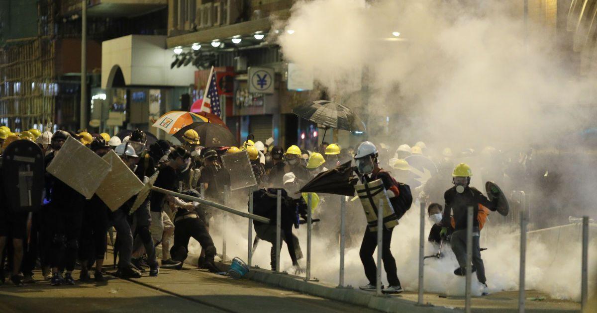 9 украинцев задержаны полицией Гонконга на несанкционированном митинге