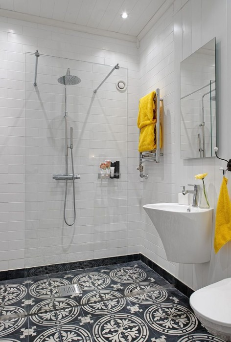 Даже небольшую ванную комнату можно превратить в помещение аристократического стиля.