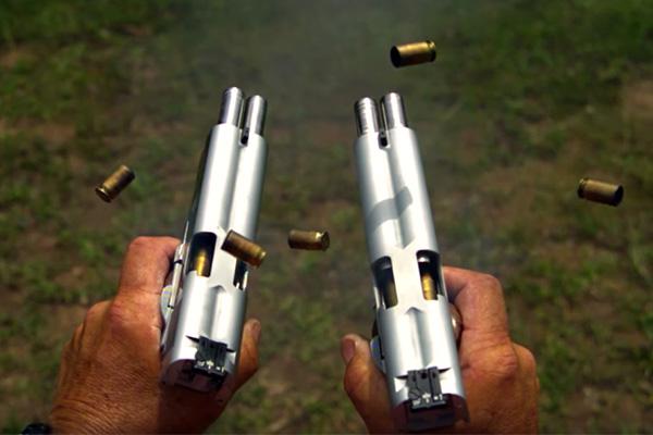 Лазерный пистолет и стреляющий эспандер