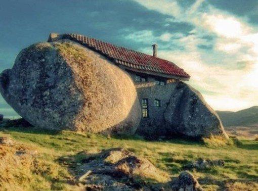 Странные и необычные достопримечательности в Португалии