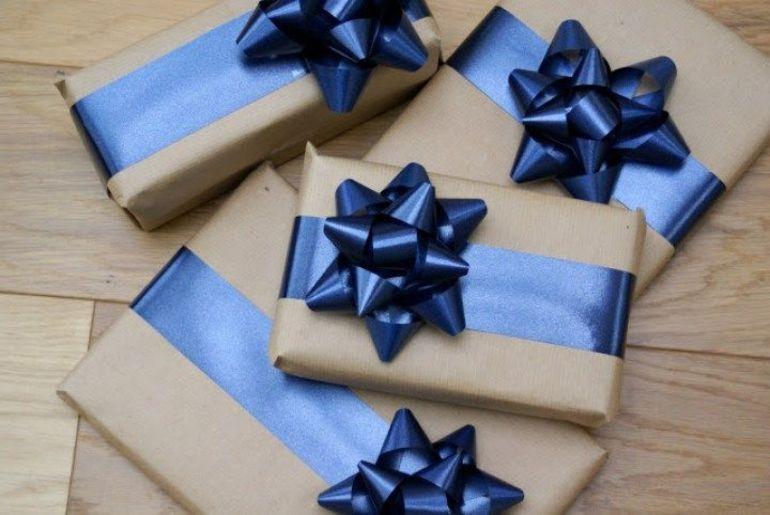 Декор своими руками: 5 способов изготовления банта для упаковки подарков