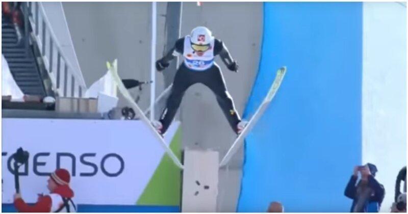 Норвежский прыгун с трамплина не сумел погасить скорость и перелетел через отбойник