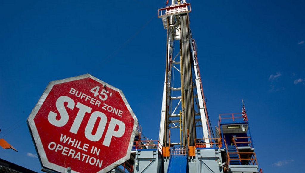 Напугали «Газпром»… американским СПГ. А сами газ российский покупают
