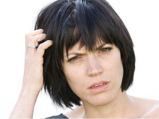 Причины появления болячек на голове и способы их лечения волосы,демодекоз,дерматология,здоровье,кожа,себорея