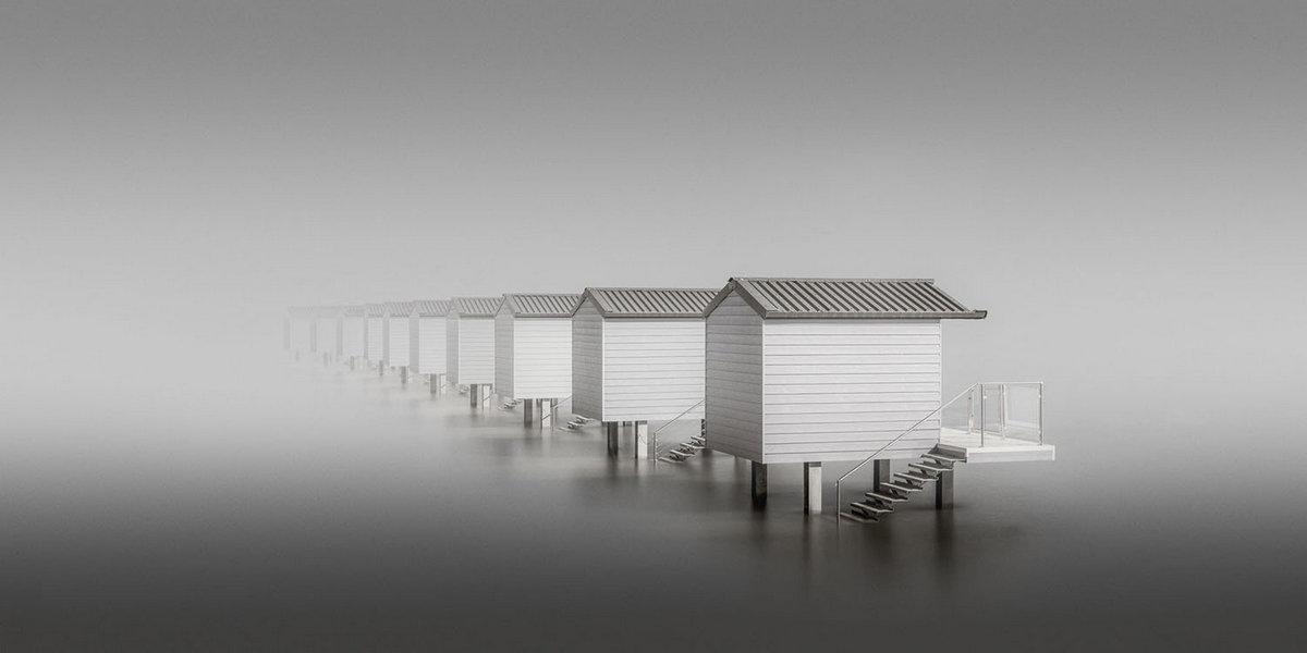 Домики на побережье Эссекса в Великобритании