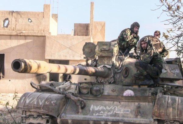 Армия Сирии и ВКС РФ освобождают новые города и районы в Дейр эз-Зоре. Волны смертников и танков: «Аль-Каида» ведёт мощное наступление на сирийскую Хаму
