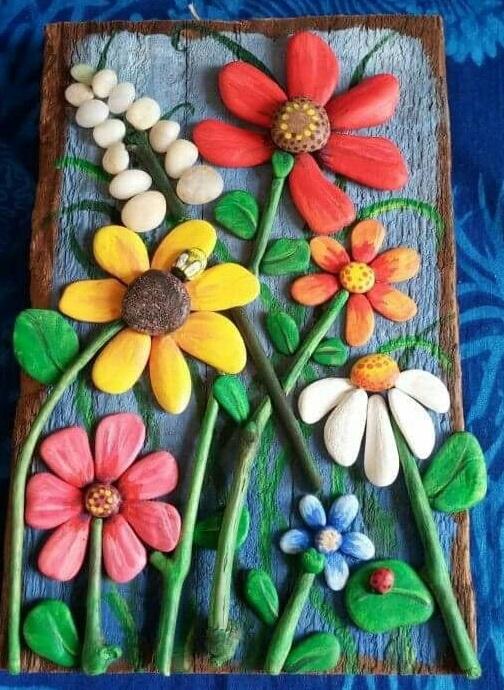 Великолепная цветочная композиция, которую можно создать своими руками.