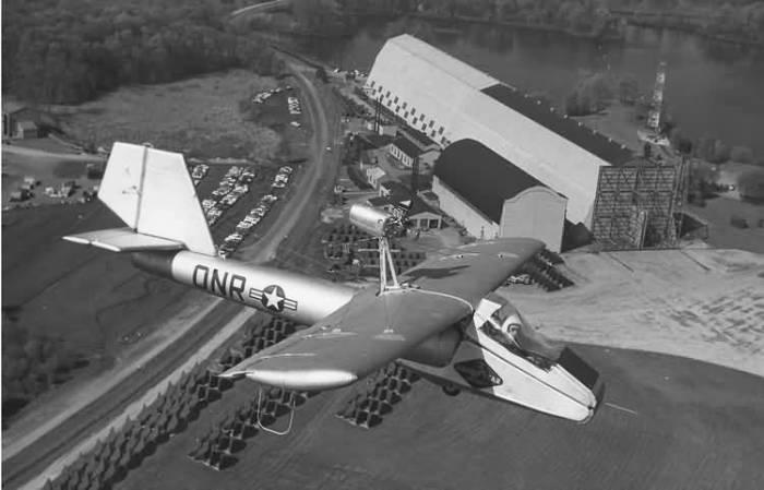 Goodyear GA-468 Inflatoplane. | Фото: Википедия.