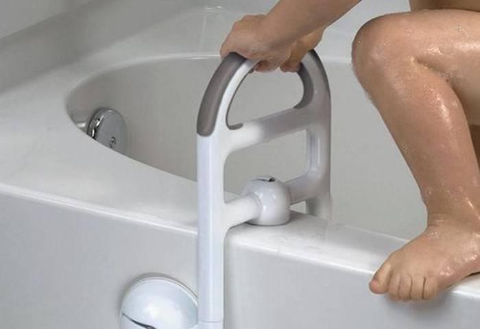Полезные приспособления, помогающие пожилому человеку забраться в ванну идеи для дома,полезные приспособления