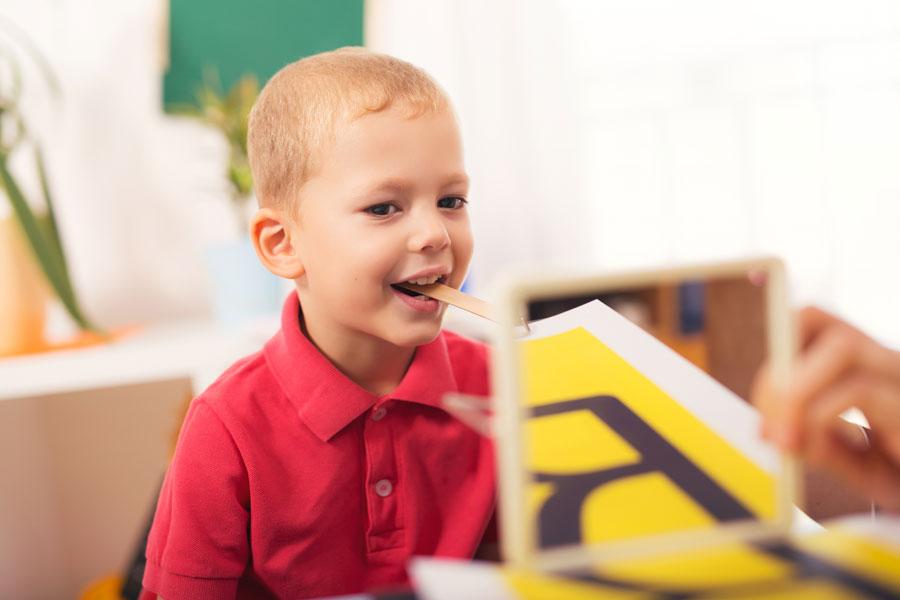 Как научить ребенка говорить р