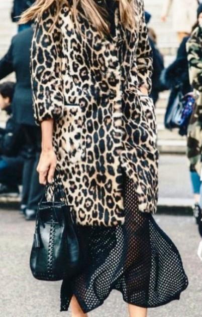 Тренд холодного сезона - леопардовое пальто