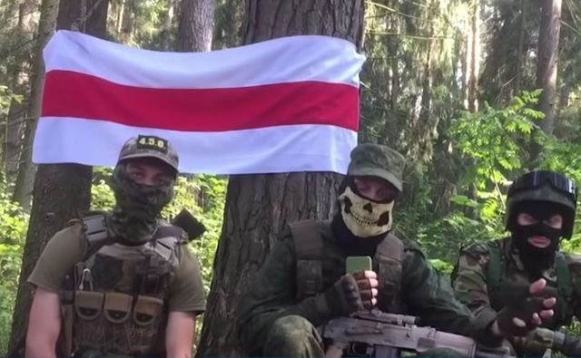 Уроки Украины учтены — МВД Белоруссии вырывает клыки Майдана