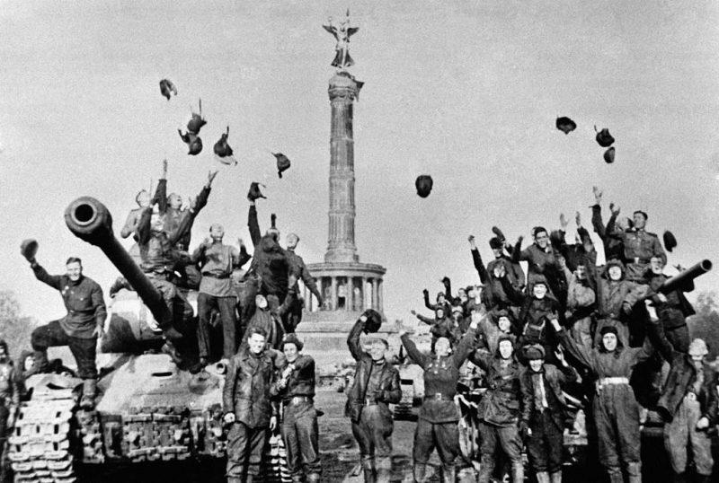 Зачем переписывают историю Второй мировой, и почему Россию не уважают так, как уважали СССР