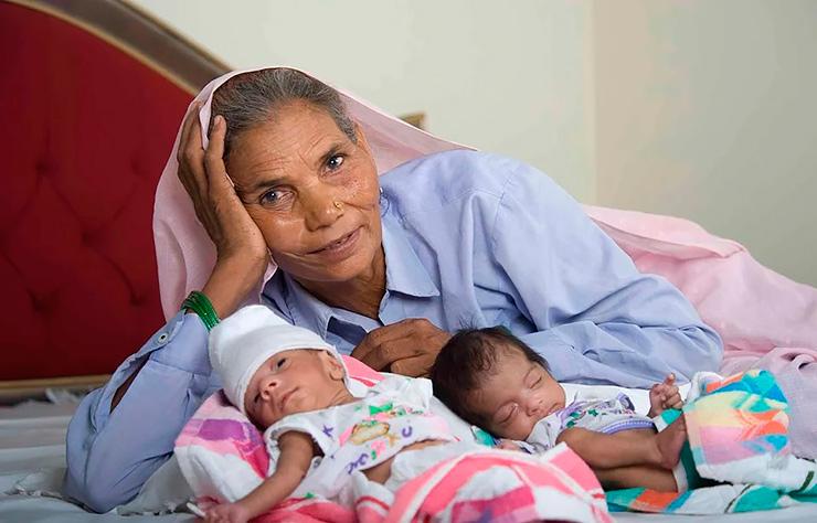 Немолодые мамы: старейшие женщины, родившие детей возраст
