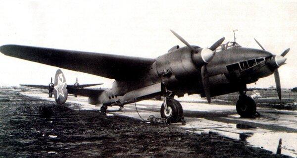 Фото с https://legendary-aircraft.blogspot.com/2013/03/Modifikacii-Tu-2.html