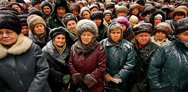 Правительство «позаботилось» о стариках, рост пенсий 9 рублей в реальном выражении на 2018 год!