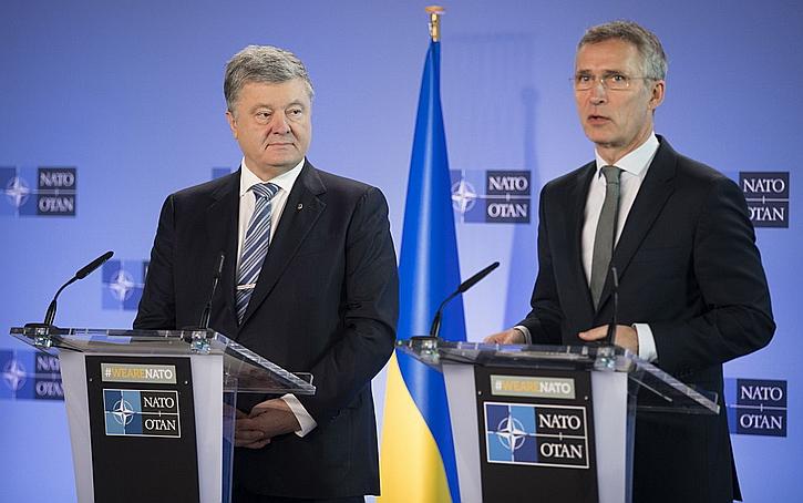 Европа, привечая Порошенко, ведёт дело к Третьей мировой