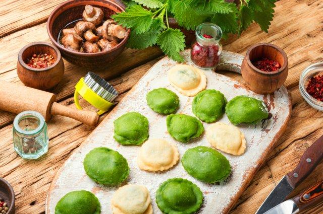 10 блюд из молодой крапивы – от супа и салата до пирога и кексов вкусные новости,кулинария