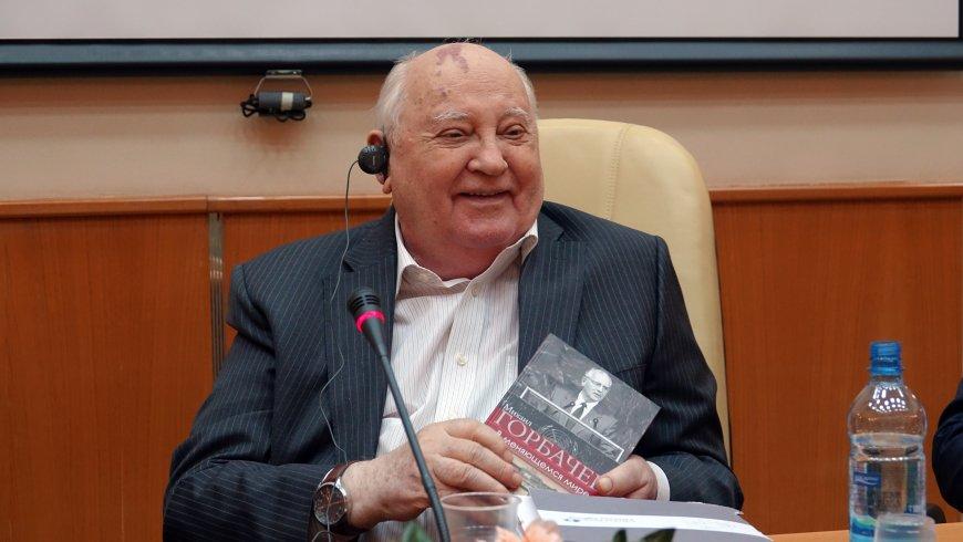 Горбачев призвал не допустить «горячей войны» между США и Россией
