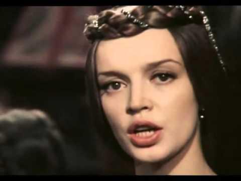 Красавица Татьяна Анциферова и ее песня из фильма «31 июня»