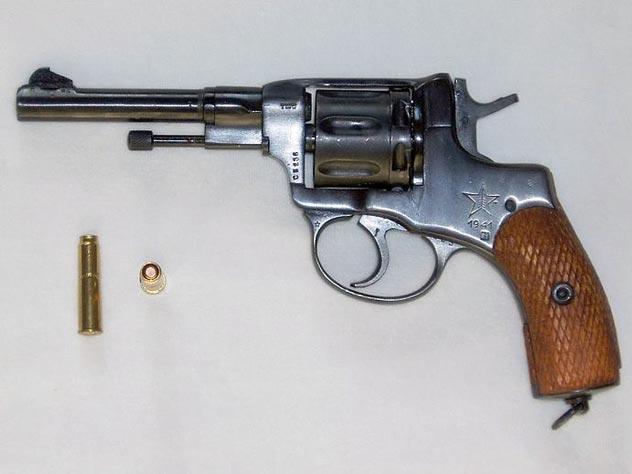 Откуда в России взялся револьвер «наган»