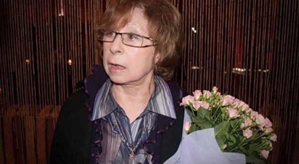 Ахеджакова: «процент думающих» в России ничтожно мал