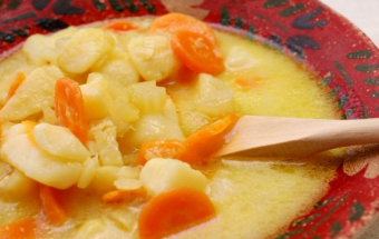 Картофельный суп с сыром и молоком