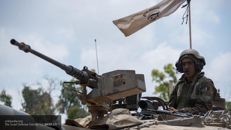 Орудия израильских танков нанесли удар по сектору Газа
