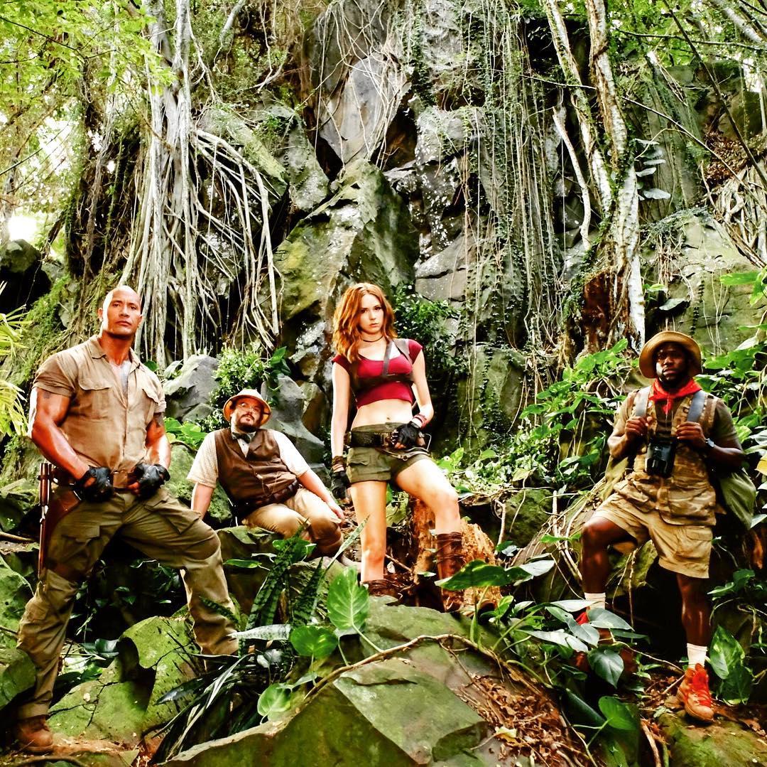 приехал два охотника в джунглях это был
