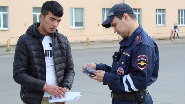 МВД озвучило условия нежелательного нахождения иностранцев в России Общество