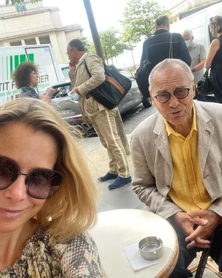 Романтика в Париже: Юлия Высоцкая и Андрей Кончаловский отдыхают во Франции Звезды,Звездные пары
