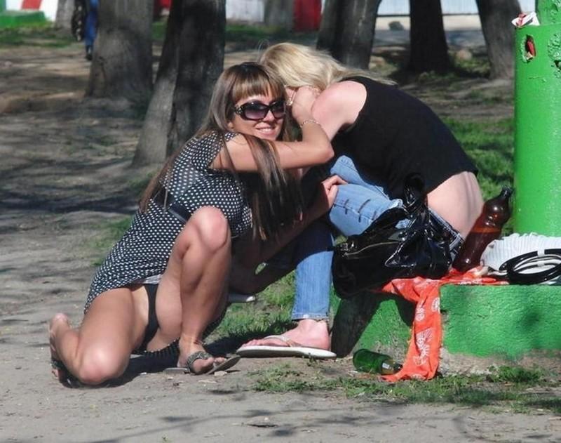 Пьяные в парке видео, трах с русским таксистом