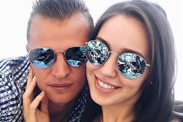 Жена Тарасова Анастасия удал…