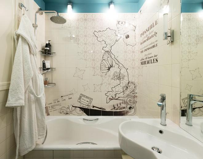 Современный Ванная комната by Desatori