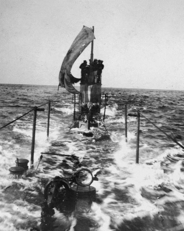Щука под парусом. 1942 г