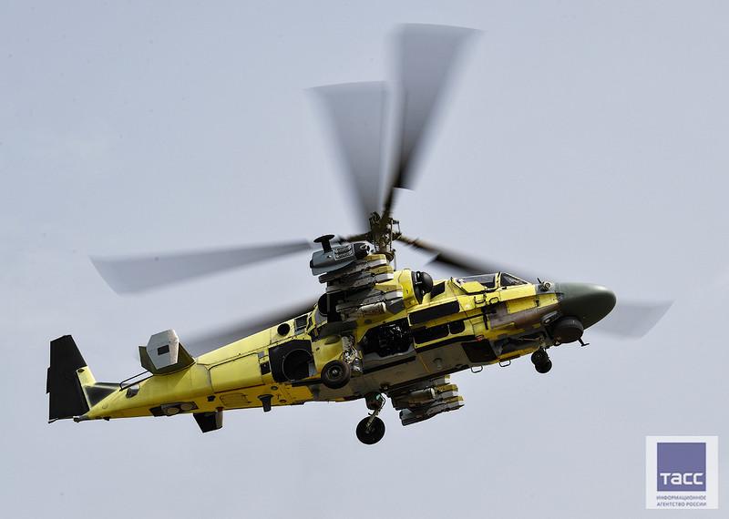 Завод «Прогресс» показал первую экспортную партию вертолетов Ка-52