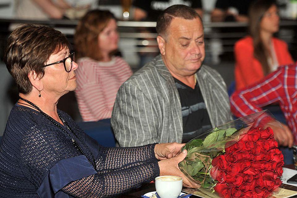 Владимир и Ольга Фриске подали новый иск к «Русфонду», и судебные приставы арестовали их счета