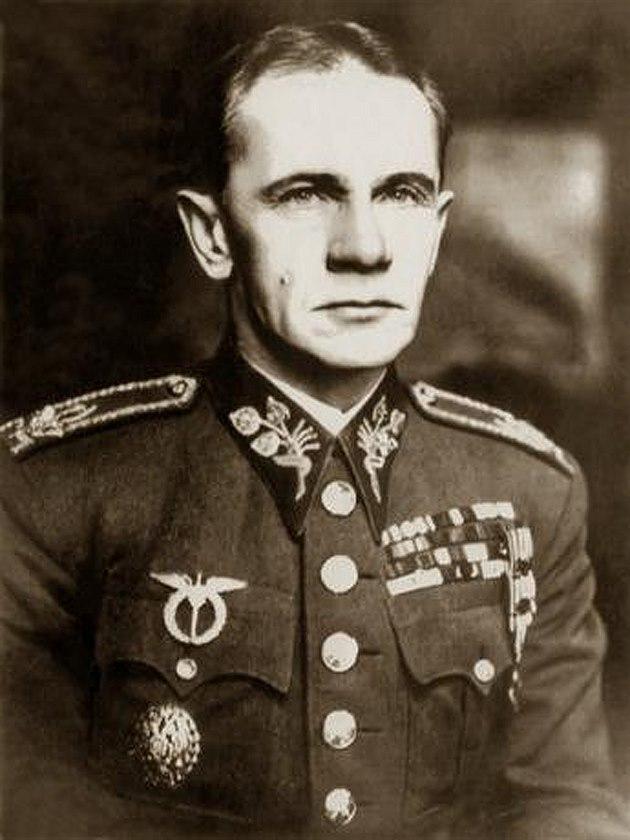 Как русский генерал пытался не допустить Вторую мировую