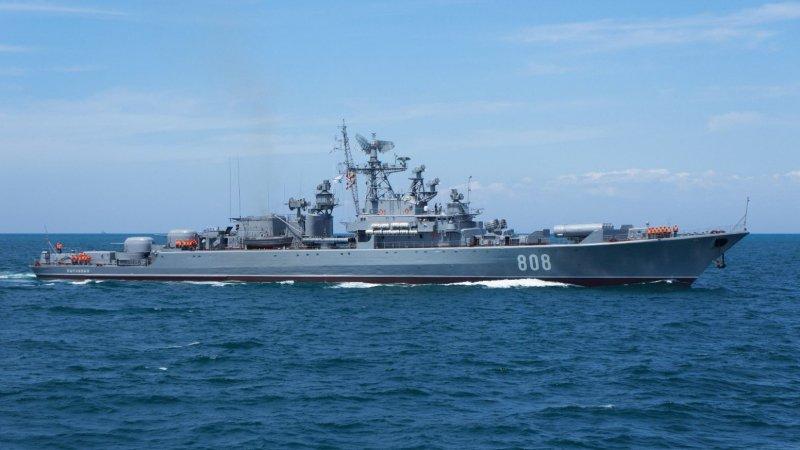 Заявление МО РФ о взятом на контроль корабле ВМС США в Черном море вызвало бурную реакцию украинцев в Сети