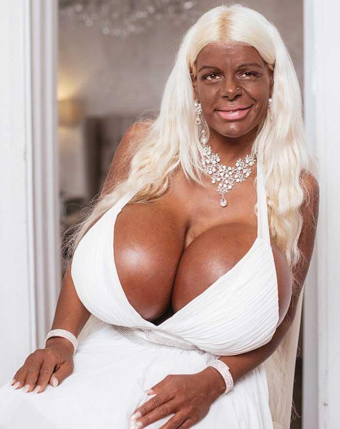 Негритянские бабы с очень огромной грудью