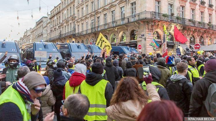 Франция не утихает: более 40…