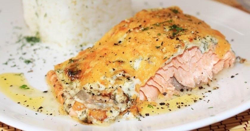 Просто, но мега аппетитно: горбуша под сыром