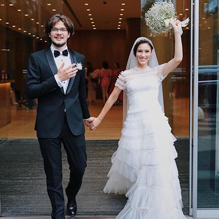 Дочь Бориса Немцова Дина развелась с мужем спустя год после свадьбы Звездные пары