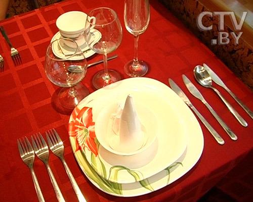 Этикет за столом: едим по правилам