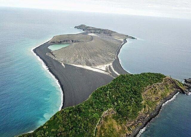 Рождение нового острова в Тихом океане